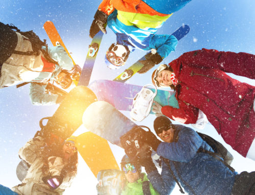 How To Buy The Right Snow Skiing Clothes For Your Whole Family